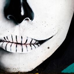 photodune-2208067-street-art-urban-grafitti-on-wall-m